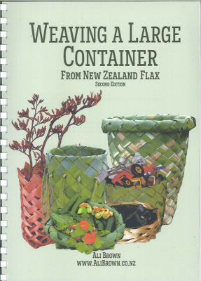Image of Weaving A Large Container From New Zealand Flax